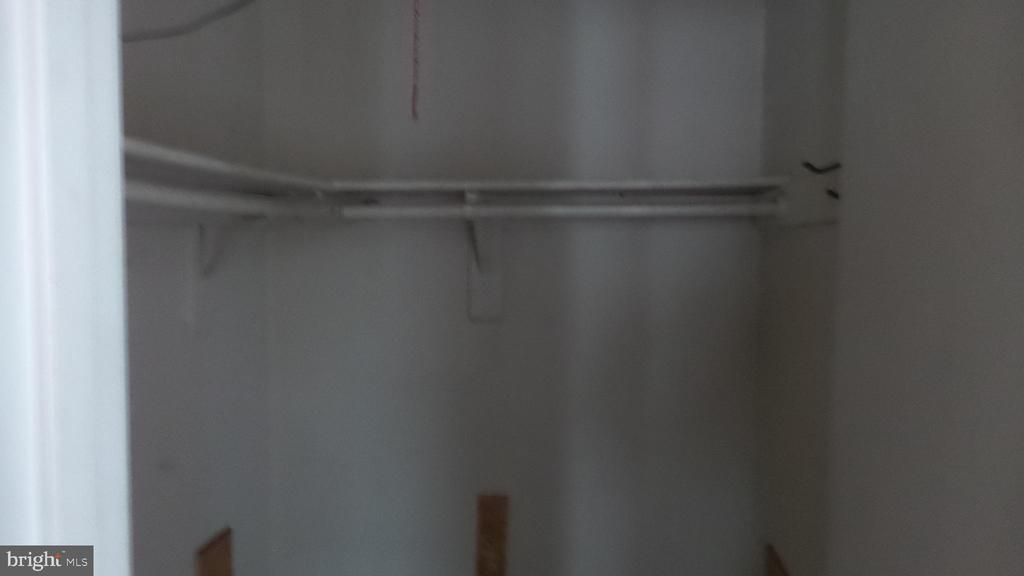 Owner's Closet - 7615 INGRID PL, LANDOVER