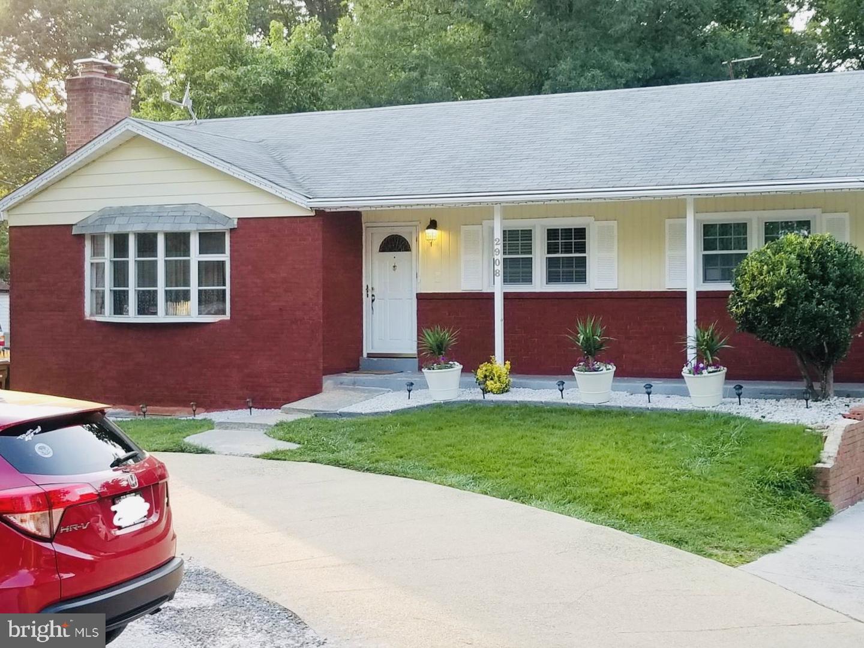 Single Family Homes för Försäljning vid Adelphi, Maryland 20783 Förenta staterna