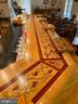 Inlay on top of the bar - 37120 DEVON WICK LN, PURCELLVILLE