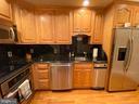 Lower level full kitchen - 37120 DEVON WICK LN, PURCELLVILLE