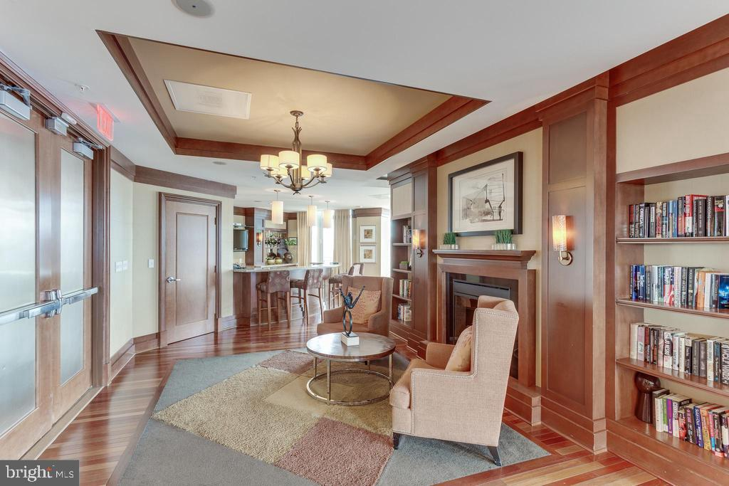LOUNGE WITH LIBRARY TO RELAX AND READ - 8220 CRESTWOOD HEIGHTS DRIVE #1818, MCLEAN