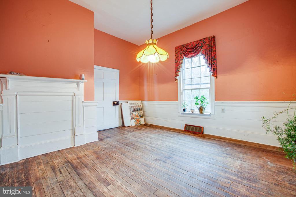 Dining Room - 100 CARTER ST, FREDERICKSBURG