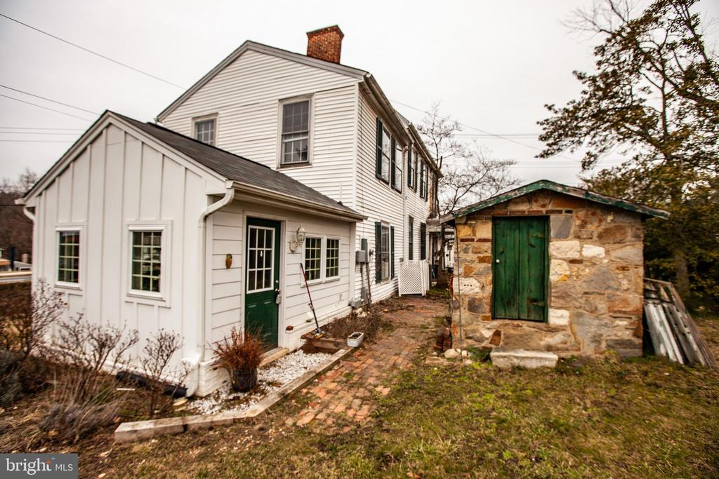 2014 Addition and old stone outbuilding - 100 CARTER ST, FREDERICKSBURG