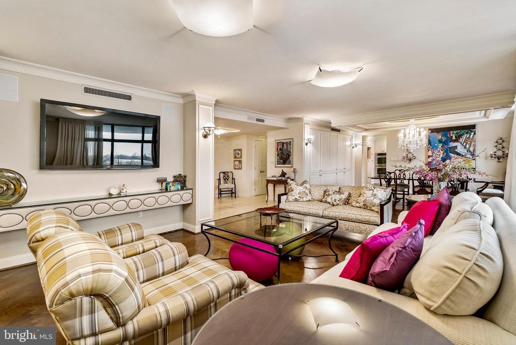 Living Room - 1 SLADE AVE #802, BALTIMORE