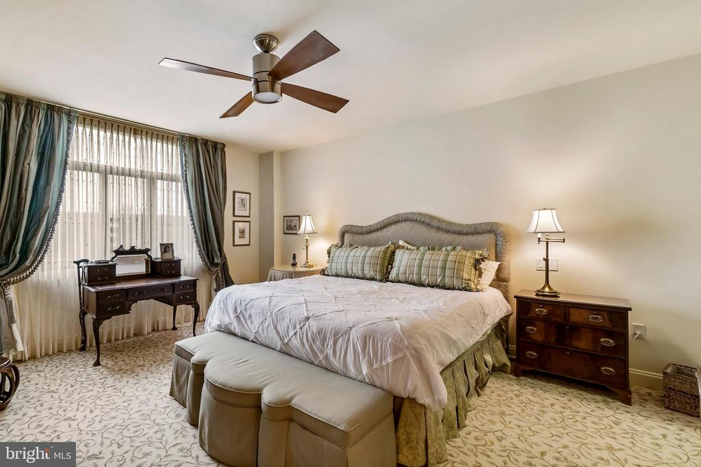 Master Bedroom - 1 SLADE AVE #802, BALTIMORE