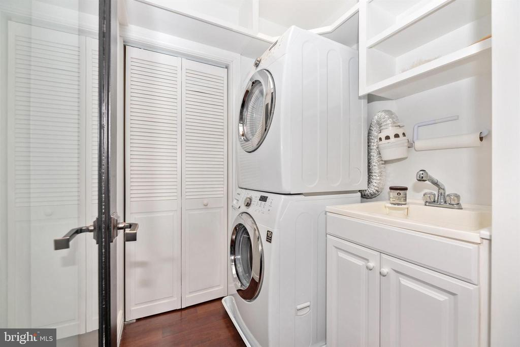 Utility room with full size washer and dryer. - 50 CITIZENS #504, FREDERICK