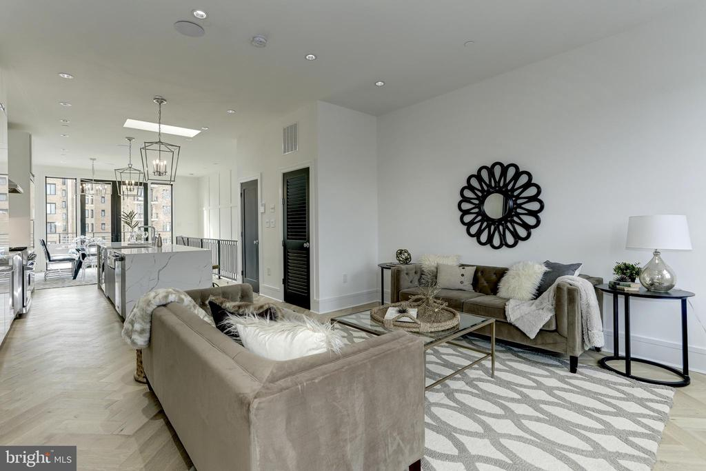 SO much entertaining space! - 1712 15TH ST NW #3, WASHINGTON