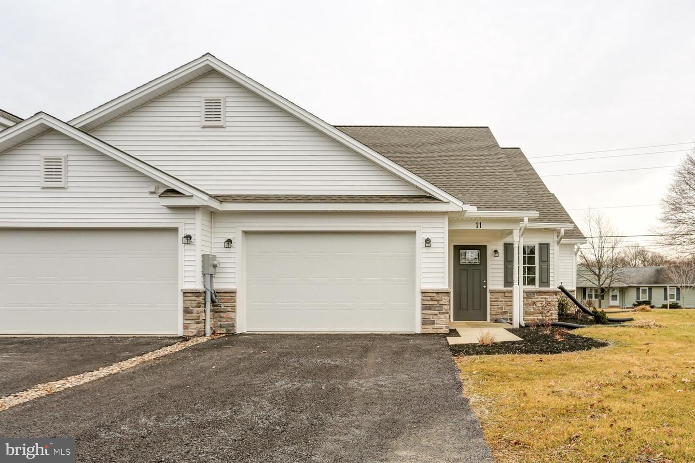 Single Family Homes για την Πώληση στο Mount Holly Springs, Πενσιλβανια 17065 Ηνωμένες Πολιτείες