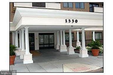Front Entrance - 1330 MASSACHUSETTS AVE NW #517, WASHINGTON