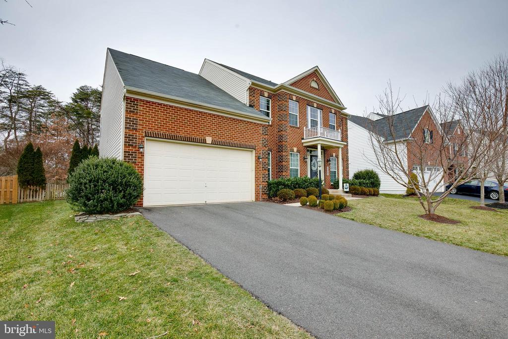 Park in your 2 car garage! - 25983 KIMBERLY ROSE DR, CHANTILLY