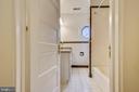 Upper Level Bathroom - 302 RUCKER PL, ALEXANDRIA