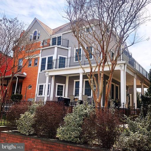 816 TAYLOR ST NW