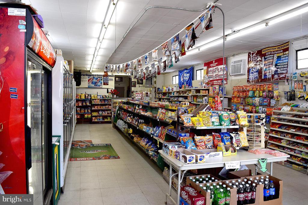 1806 Market Interior View 4 - 1806 FALL HILL AVE, FREDERICKSBURG