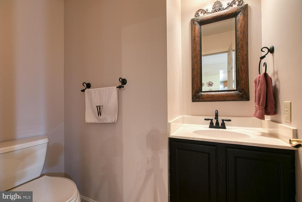 Updated half bath on main level - 131 EUSTACE RD, STAFFORD