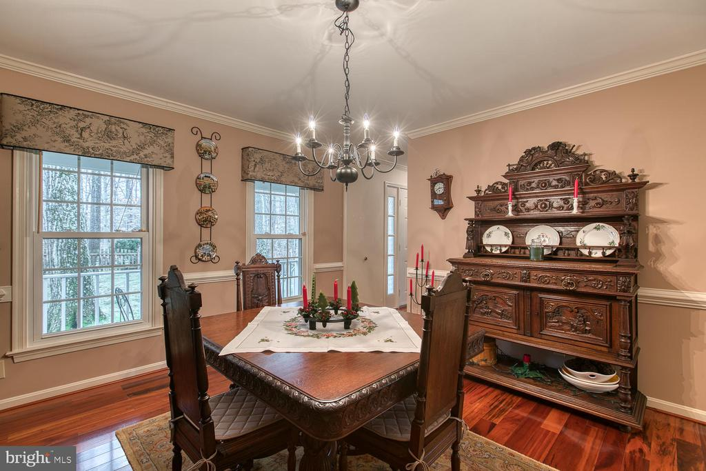 Another view of dining room - 131 EUSTACE RD, STAFFORD
