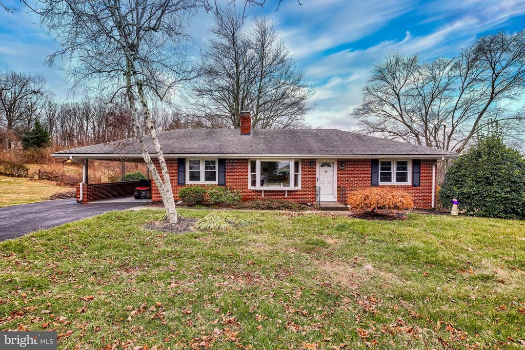 Welcome Home to 9399 Kelly Road! - 9939 KELLY RD, WALKERSVILLE