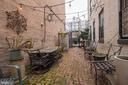 Brick Paved Charming Garden - 714 PARK AVE, BALTIMORE