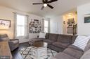 Right Out of HGTV - 41713 MCMONAGLE SQ, ALDIE