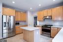 Kitchen - 18517 DENHIGH CIR, OLNEY