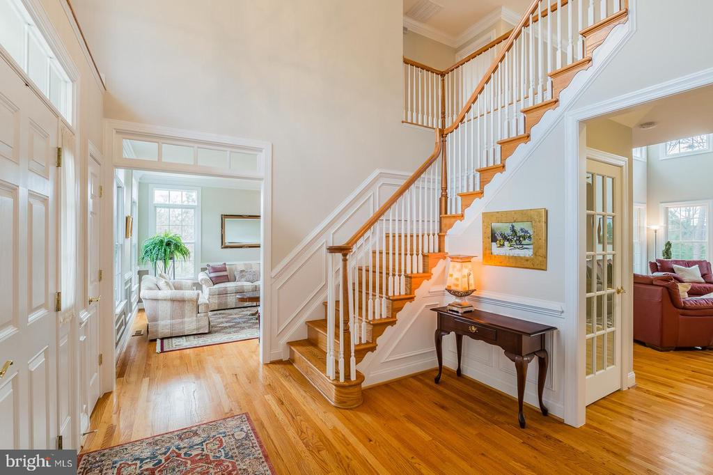 Grand Two Story Foyer - 9321 WEIRICH RD, FAIRFAX
