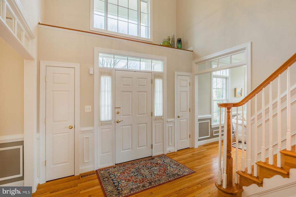 Two Story Foyer - 9321 WEIRICH RD, FAIRFAX