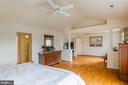 Master Suite w/Private Sitting Room - 9321 WEIRICH RD, FAIRFAX