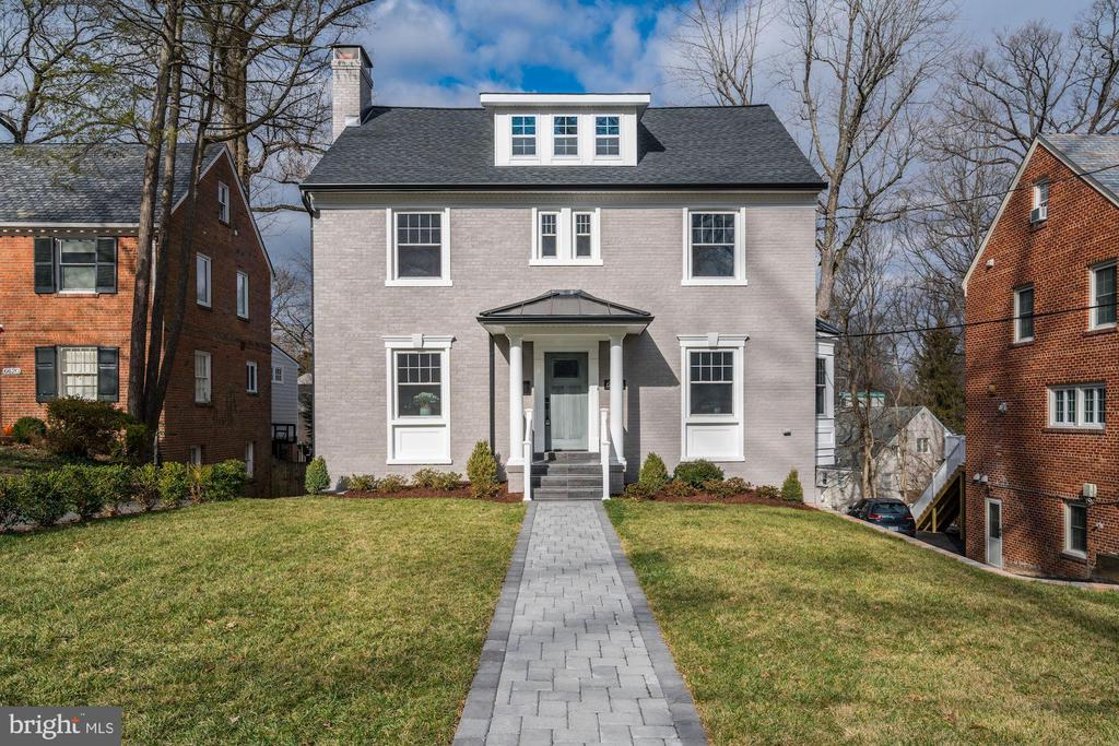 Stunning Renovation in the heart of Chevy Chase - 6626 31ST PL NW, WASHINGTON