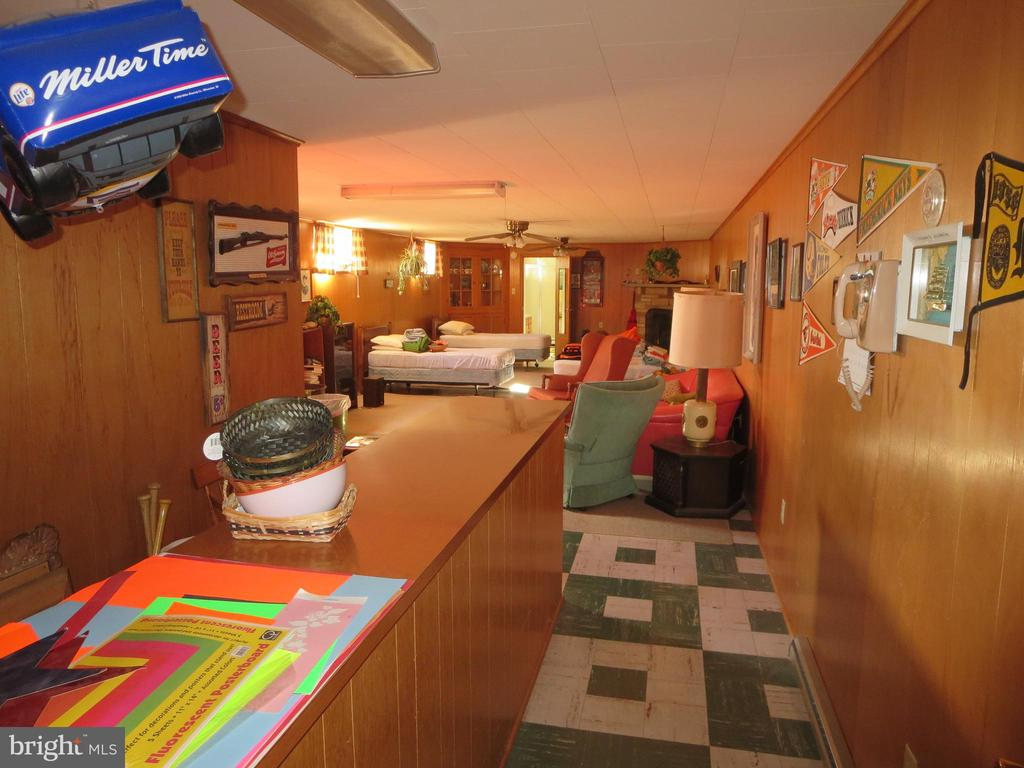 Full basement partially finished with bar - 215 BROAD ST, MIDDLETOWN