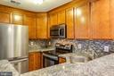 Updated Cabinets & Beautiful Backsplash! - 302 GROSVENOR LN #3, STAFFORD