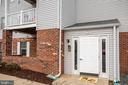 Condo secured entrance, main level living! - 302 GROSVENOR LN #3, STAFFORD