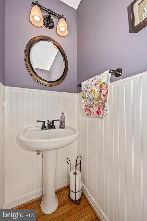 Powder Room - 111 CROSSTIMBER WAY, FREDERICK