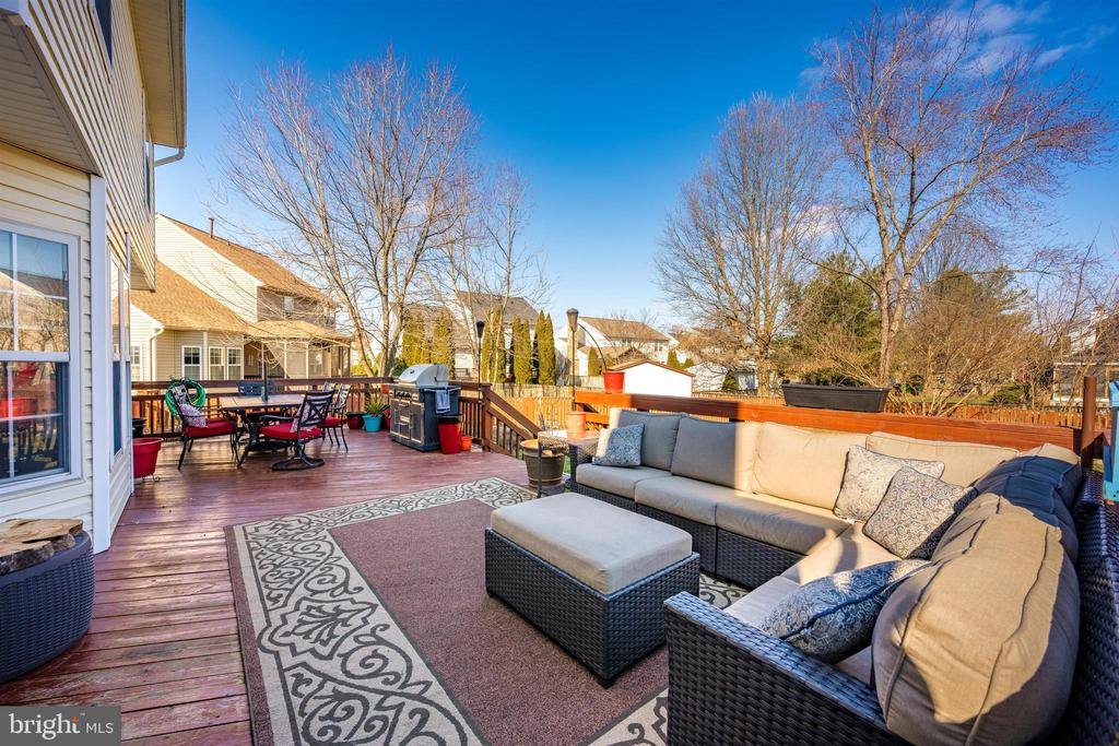 Deck View - 111 CROSSTIMBER WAY, FREDERICK