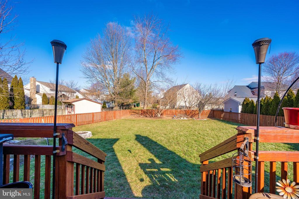 Rear View - 111 CROSSTIMBER WAY, FREDERICK