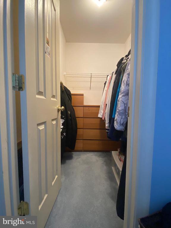 walk in closet in 4th bedroom - 18517 DENHIGH CIR, OLNEY