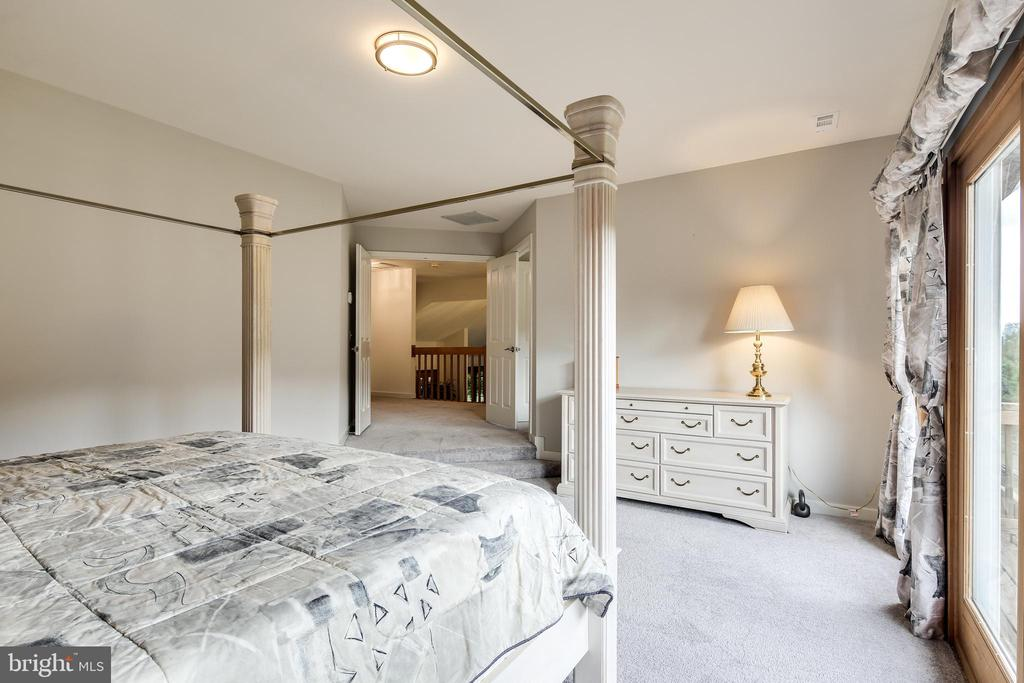 MASTER BEDROOM - 17532 COUNTRY VIEW WAY, MOUNT AIRY