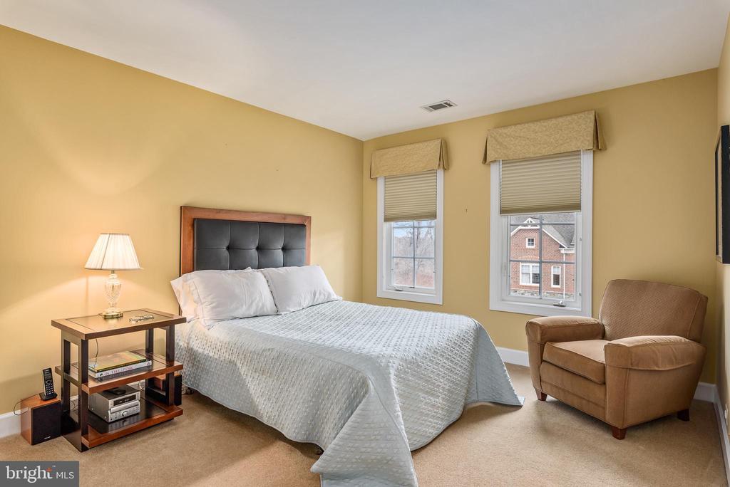 Bedroom 3 - 18215 CYPRESS POINT TER, LEESBURG
