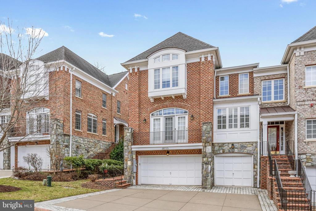 Love where you live! - 18215 CYPRESS POINT TER, LEESBURG