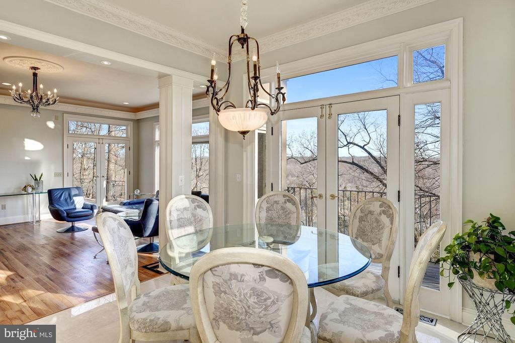 Breakfast Salon - French Doors to Balcony - 703 POTOMAC KNOLLS DR, MCLEAN