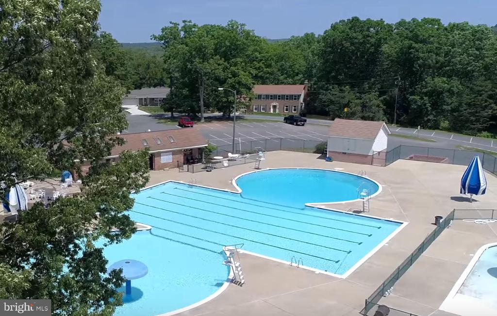 2nd Pool located by Marina & Harbour Inn - 2459 HARPOON DR, STAFFORD