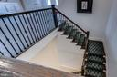 Dramatic staircase leading to club level - 23734 HEATHER MEWS DR, ASHBURN