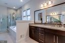 Separate vanities with plenty of cabinet space - 23734 HEATHER MEWS DR, ASHBURN