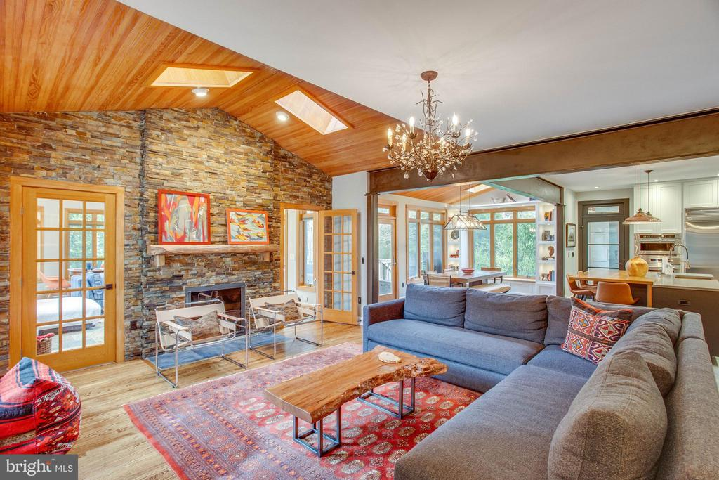 ...and the wood vaulted ceiling...perfection. - 12060 ROSE HALL DR, CLIFTON