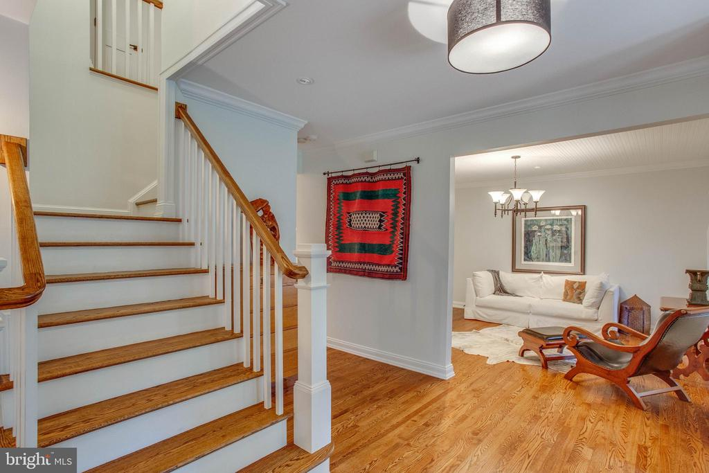Let's go upstairs. - 12060 ROSE HALL DR, CLIFTON