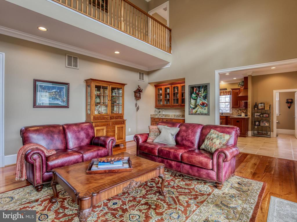 Great Room - 641 STONYMEADE DR, WINCHESTER