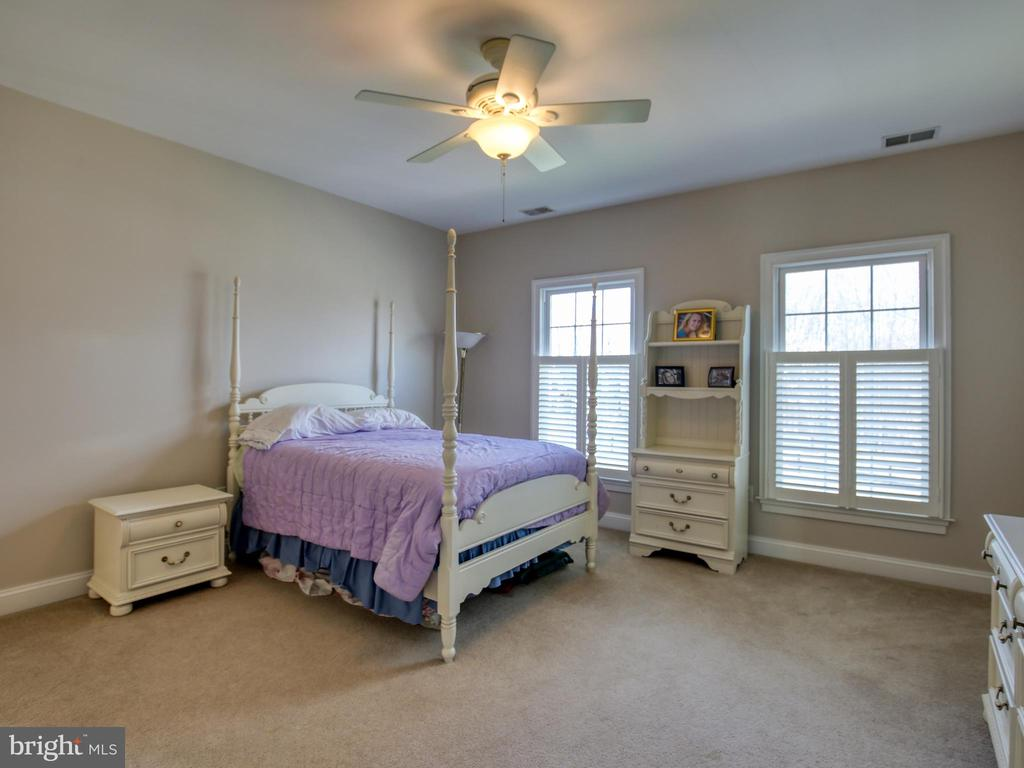 Bedroom 3 Upper Level - 641 STONYMEADE DR, WINCHESTER