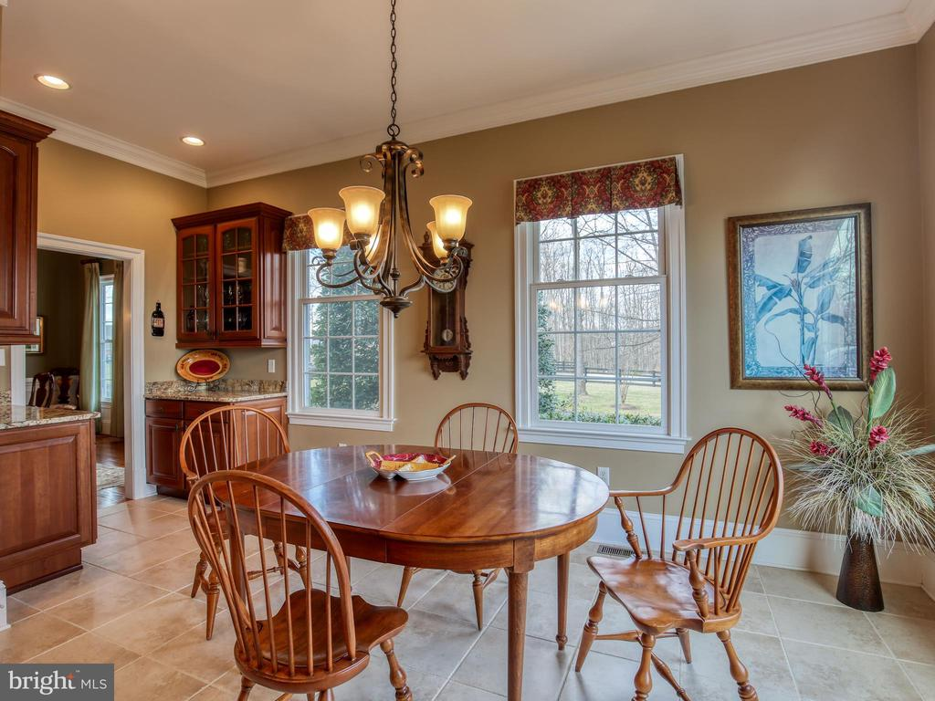 Breakfast Room - 641 STONYMEADE DR, WINCHESTER