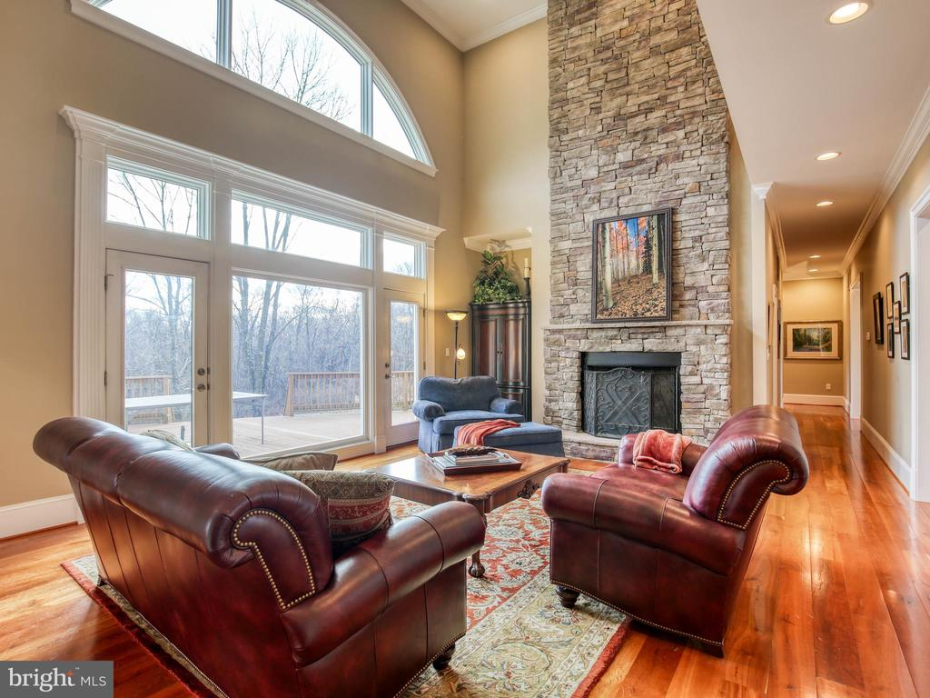 2 story Great Room with Stone Fireplace - 641 STONYMEADE DR, WINCHESTER
