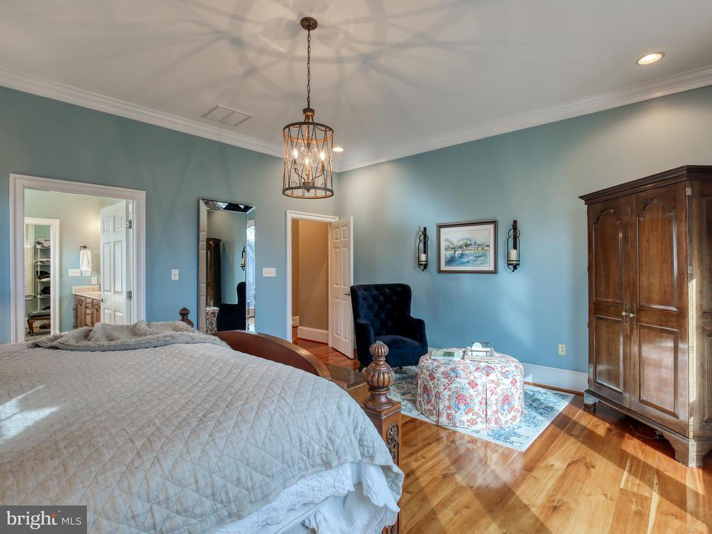 Master Bedroom - 641 STONYMEADE DR, WINCHESTER