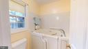 Fabuous walk in tub - 6935 COLBURN DR, ANNANDALE