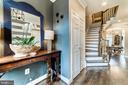 Elegant entry for greeting guests - 18212 CYPRESS POINT TER, LEESBURG